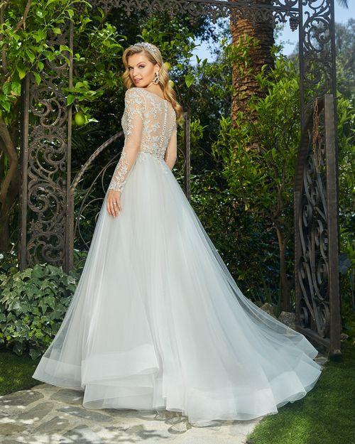 2395 Raelynn, Casablanca Bridal