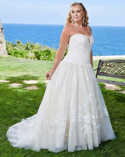 2412 Bethany, Casablanca Bridal