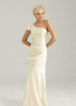 1332, Allure Bridesmaids