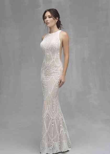 C527, Allure Couture