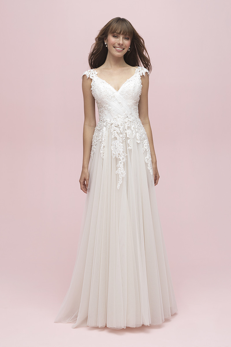 Allure Romance Wedding Dresses Allure Romance Photos Weddingwire Com