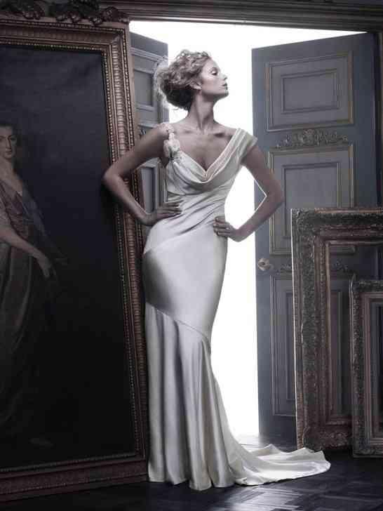 B055, Amaré Couture