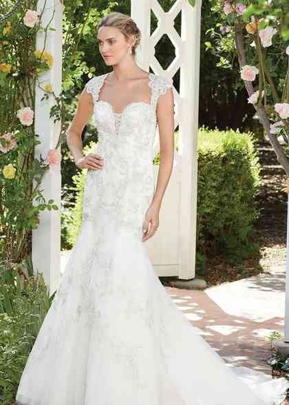 2277 Hibiscus, Casablanca Bridal