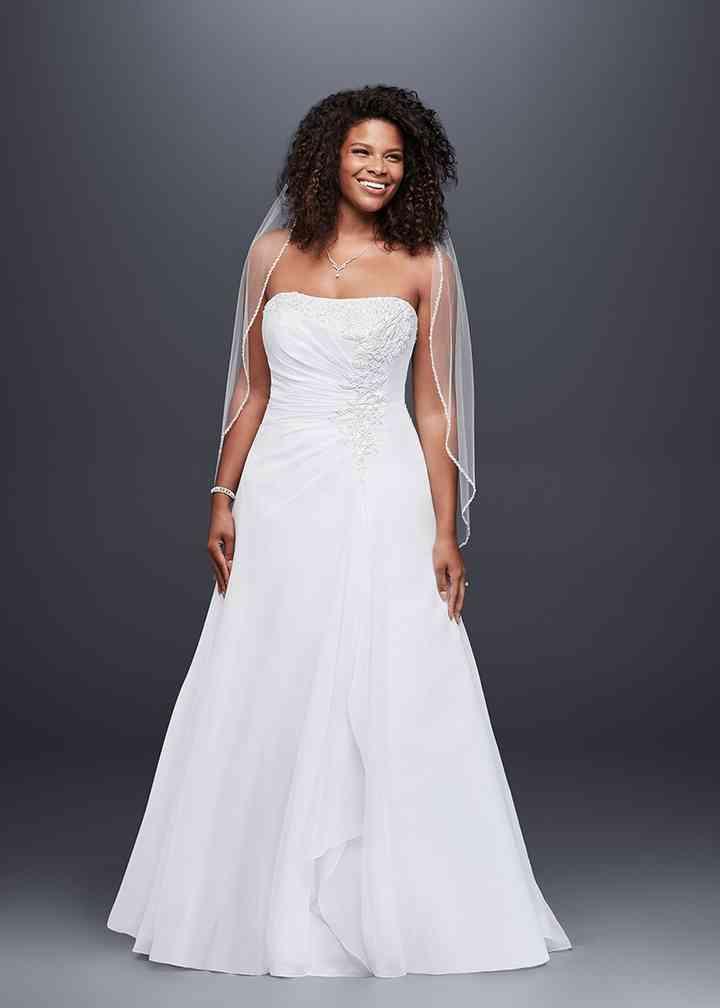 David's Bridal 9V9409, David's Bridal
