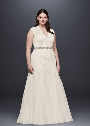 White by Vera Wang Style 8VW351427, David's Bridal