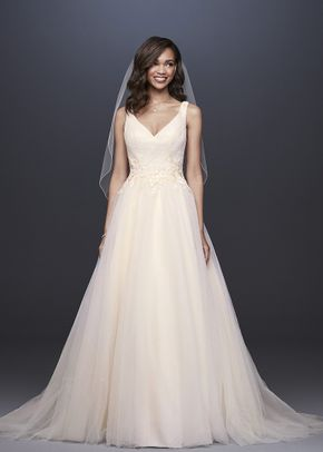 David's Bridal Style WG3930, David's Bridal