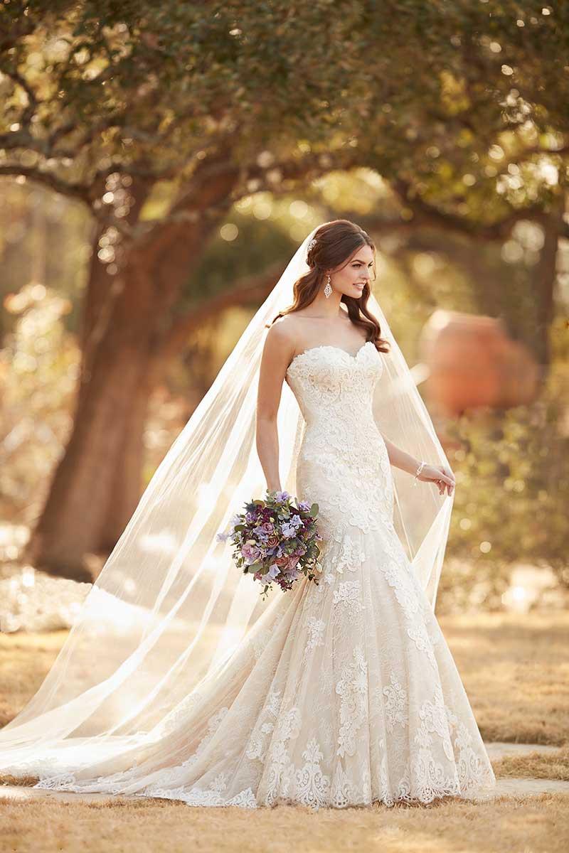 Flared cut / Fit-n-Flare Wedding Dress Photos, Flared cut / Fit-n ...