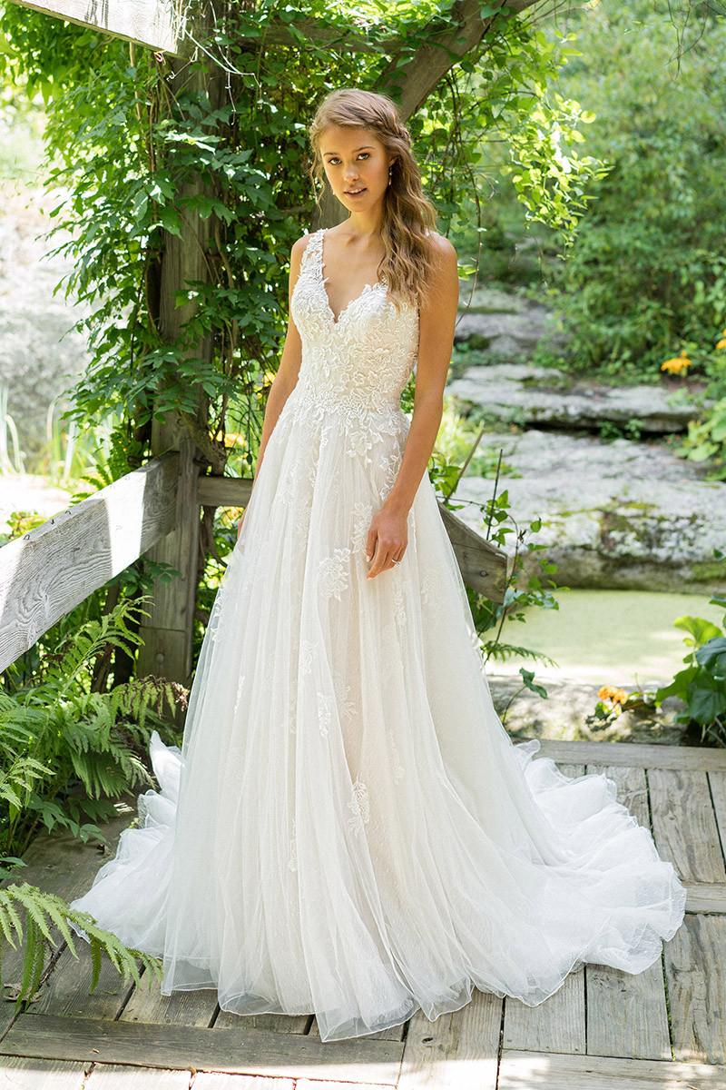 de9147e3a36f Lillian West Wedding Dresses, Lillian West Photos - WeddingWire.com