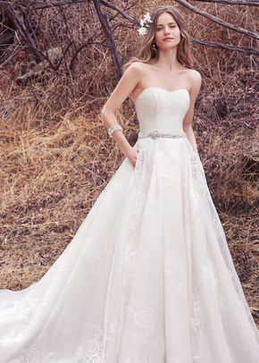 Dylan, Maggie Sottero