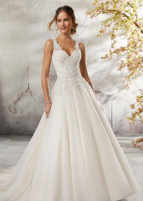 Lily 5697, Morilee by Madeline Gardner Bridesmaids
