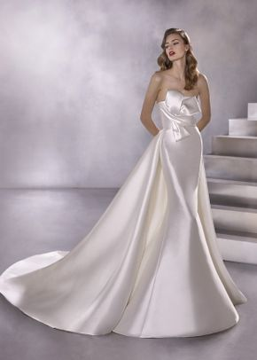 BELLA, Pronovias