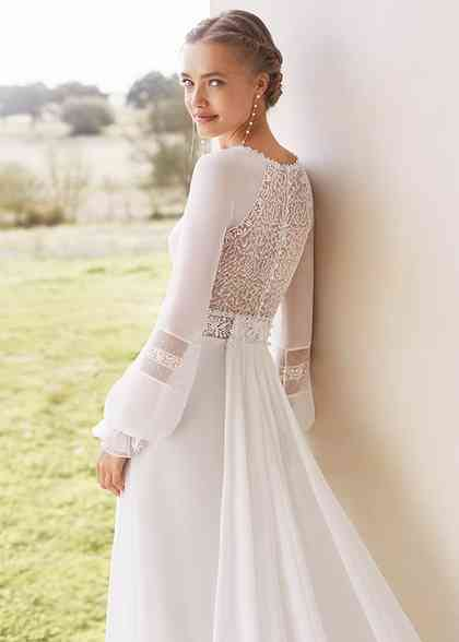 Aragon A Line Wedding Dress By Rosa Clará Weddingwire Com