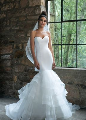 44047, Sincerity Bridal