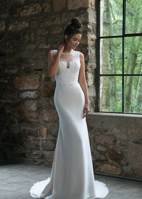 44066, Sincerity Bridal