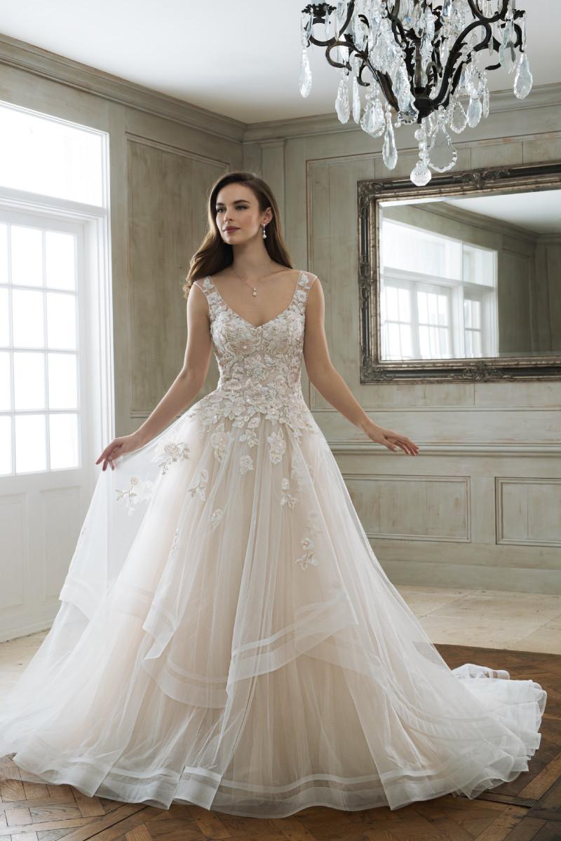 Classic Wedding Dress Photos, Classic Wedding Dress ... - photo #39
