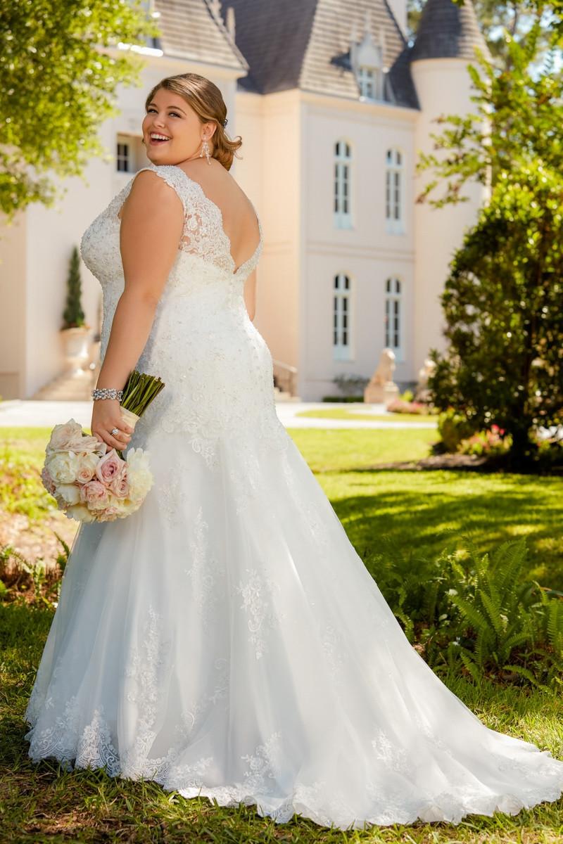 6525 flared cut fit n flare wedding dress by stella york for Wedding dress rental new york