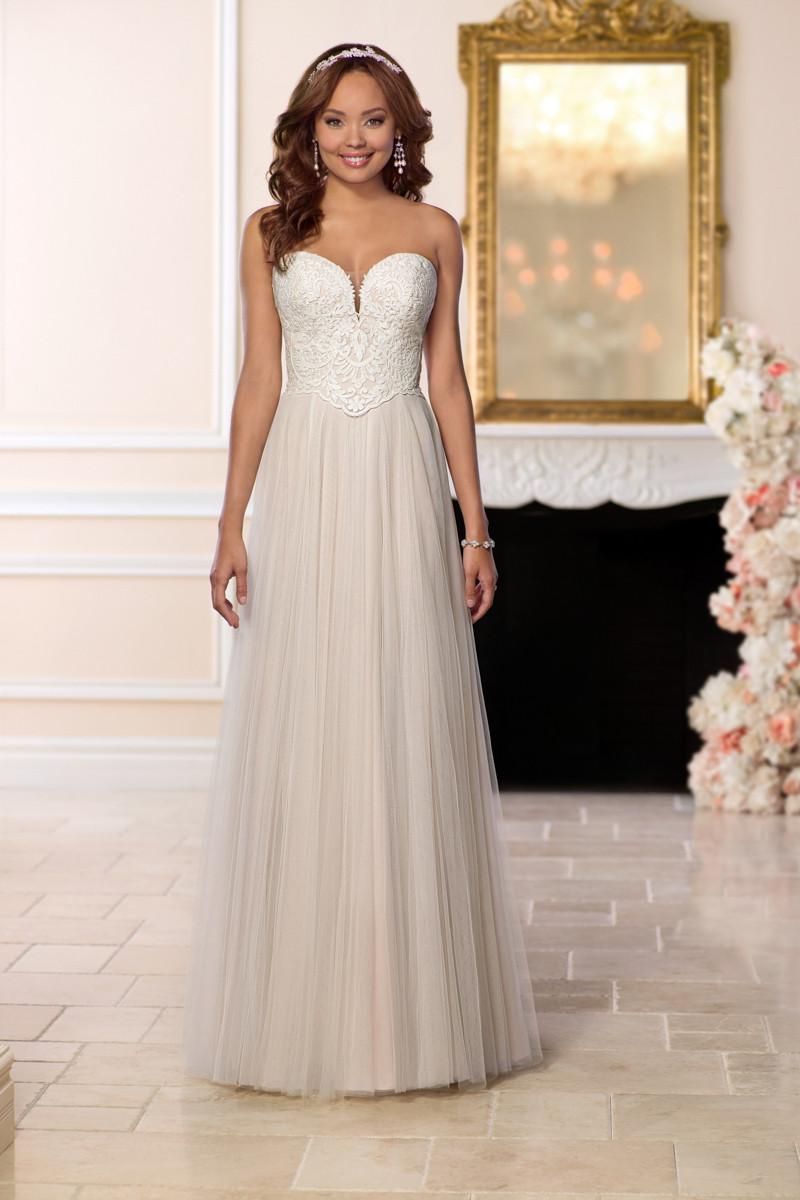 6640 sheath wedding dress by stella york for Wedding dress rental new york