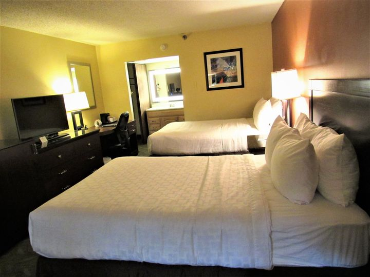 Double Bed Interrior Room