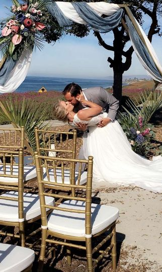 Surfside Ceremony Pointe