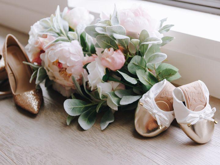 Tmx 359a4570 White Shoes Bouquet 51 725000 New York wedding favor