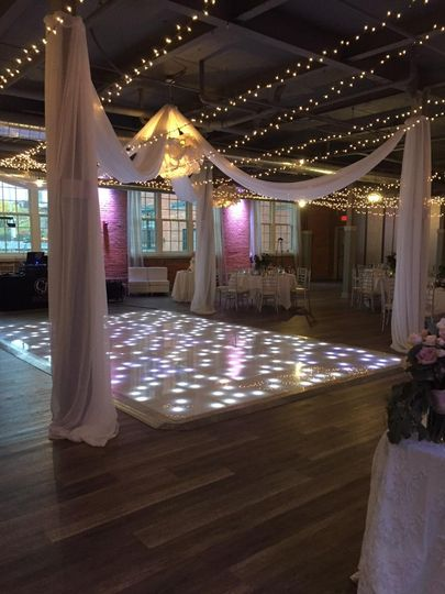 Awesome Dance floor!