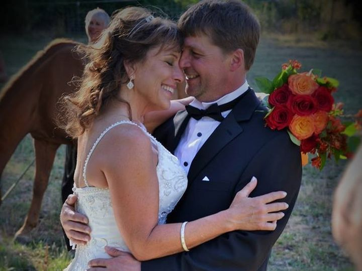 Tmx 1486507894412 Facebook 20170108 051430 McMinnville wedding florist