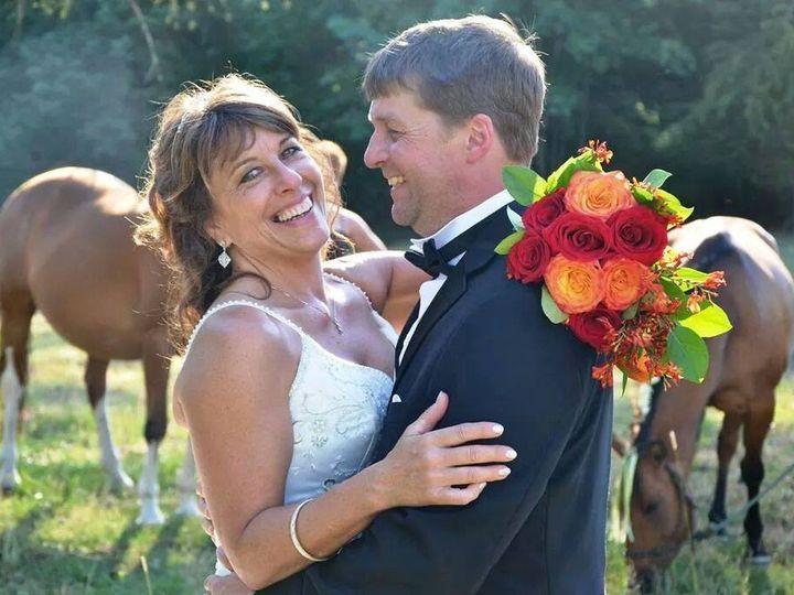 Tmx 1486507901845 Facebook 20170108 051447 McMinnville wedding florist