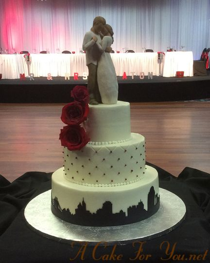 cincy skyline wedding cake
