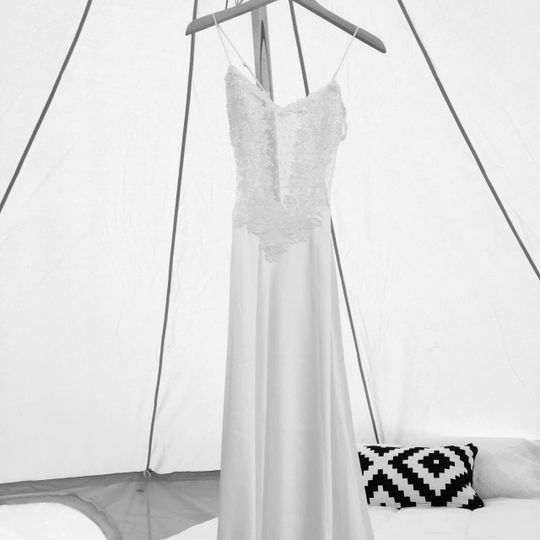 Room to hang cloths