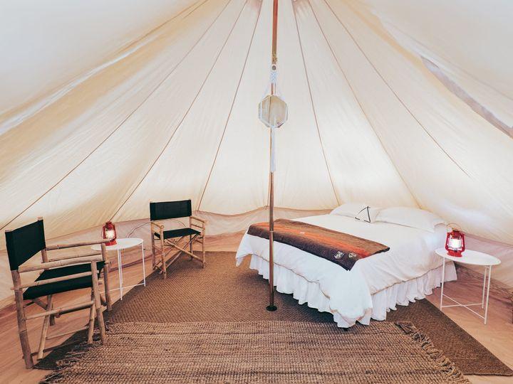 Tmx Queen A 51 981100 Corvallis, OR wedding rental