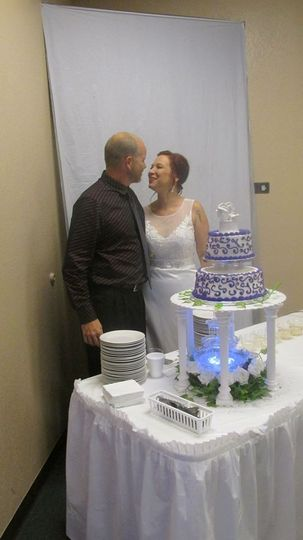 two-tier cake can be in custom colors