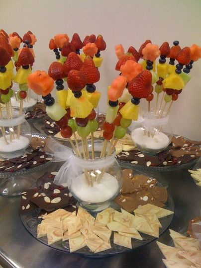 Edible fruit & chocolate centerpieces