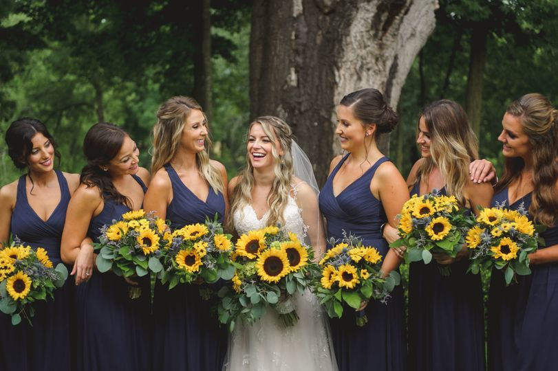 Women and sunflowers | Luke wayne photography