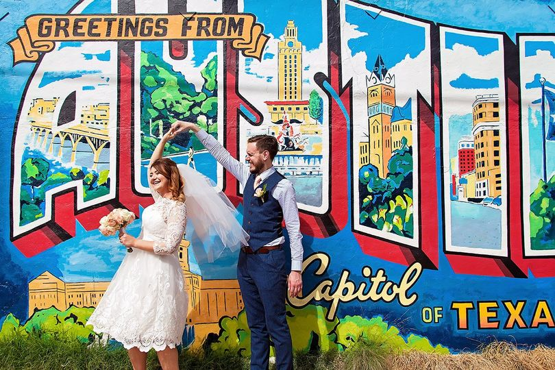 awesome austin wedding photography by the honest h