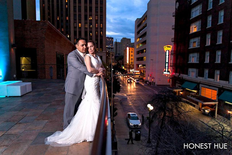 san antonio night austin wedding photography by