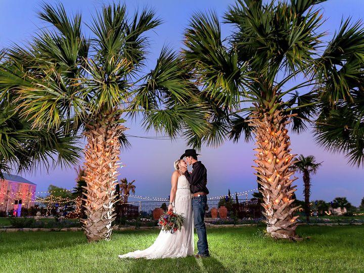 Tmx 1503615446 B9e5833141b2d2d9 Price Wedding   Bridal Extra 1  1  Austin, TX wedding photography