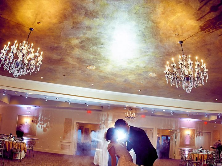 Tmx 1522344362 01ecacd41966d272 1522344360 2ca28b9646a962ae 1522344345633 136 EmptyName 5 Clinton, NJ wedding photography