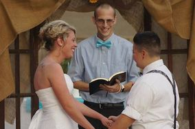 Chad Jones - Arkansas Wedding Officiant