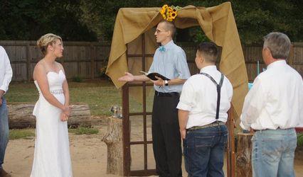 Chad Jones - Arkansas Wedding Officiant