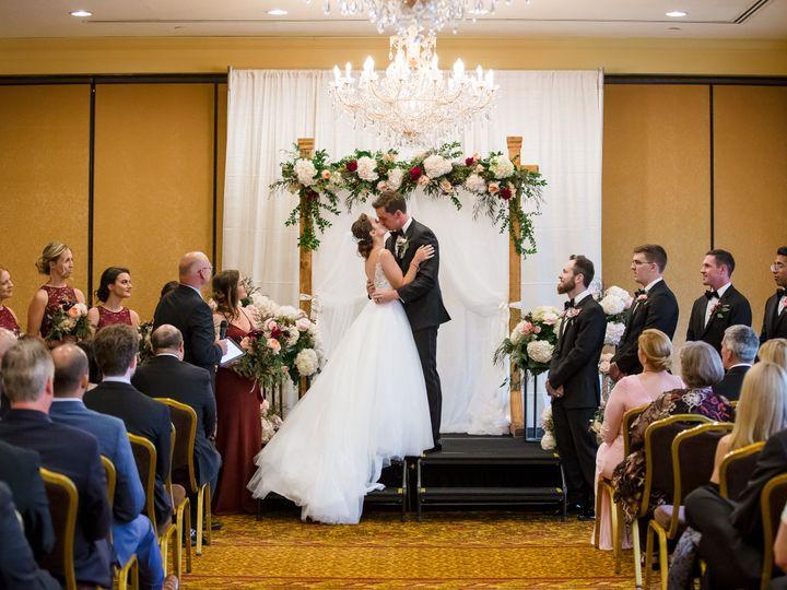 Tmx Frphoto 180908l W 575 51 192200 Milwaukee, WI wedding florist