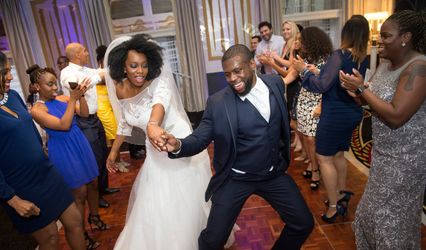Imani Entertainment DJ, Karaoke, & Photobooth Service