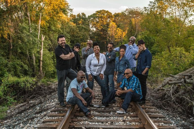 JukeBoxx Band - railroad tracks