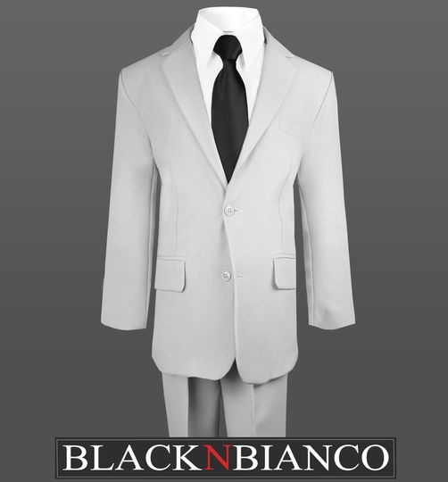 graysuit1blacktie1