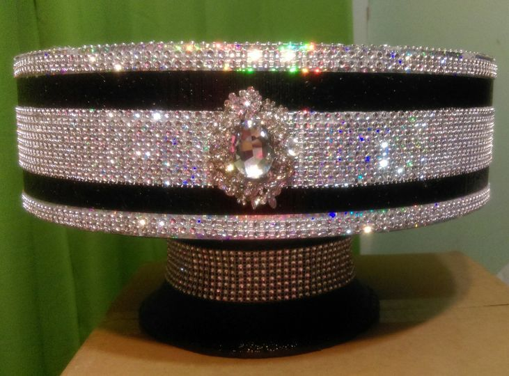 Bling It On Cake Stands - Wedding Cake - Tampa, FL - WeddingWire