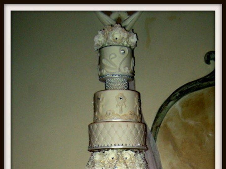 Tmx 1415811362900 0hrach Wedding Cake For Website Home Page Fresno wedding cake