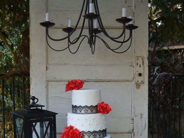 Tmx 1415811454056 0moon And Back The Shot Fresno wedding cake