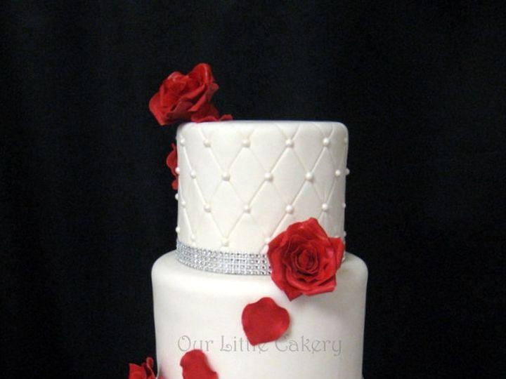 Tmx 1415811493494 0sonias Wedding Cake Red Roses Fresno wedding cake