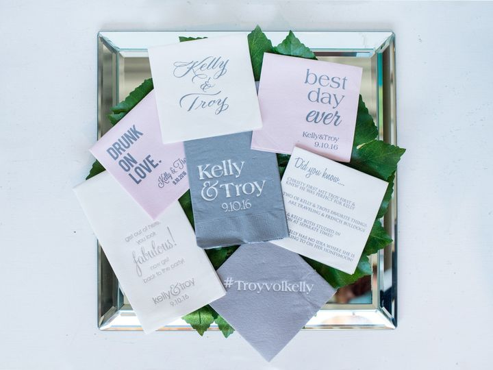 Tmx Ashleysstationary 07192018 011 51 196300 158802700040129 Hinsdale wedding invitation