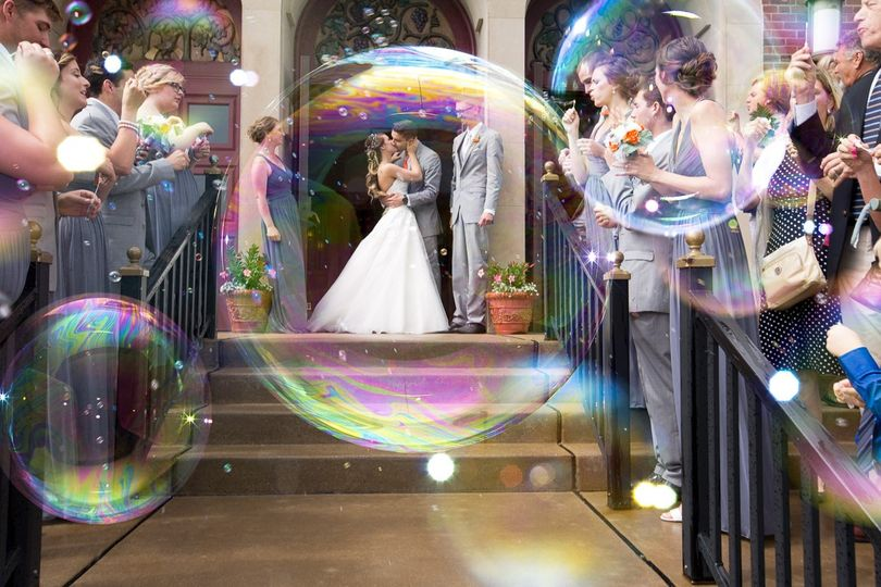 Love bubble © Lisa West Photography