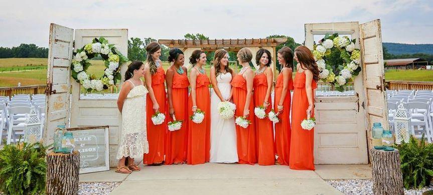 Bride wit her bridesmaids